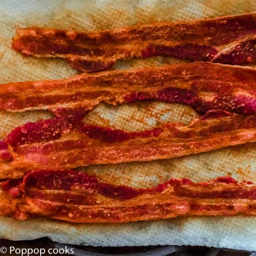 The Best Way to Cook Bacon – Fastest (4 Minutes) – Cleanest (NO cleanup)